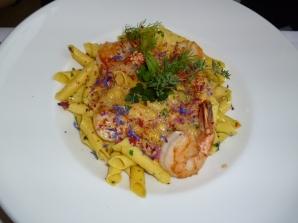 Seehaus Pasta mit Garnelen, Jakobsmuscheln, Chorizo und Hummerschaum